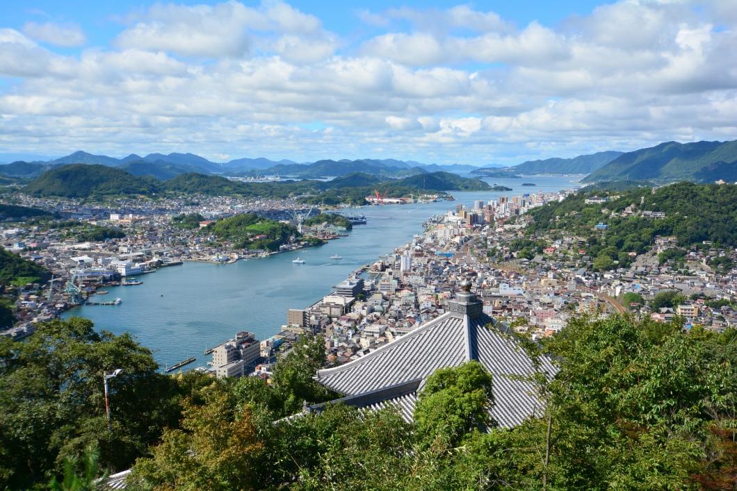 B&B潮風 浄土寺山展望台から見る尾道水道